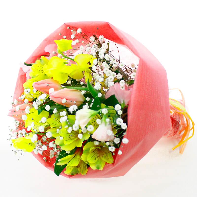 季節のお花を色とりどりにミックスしたブーケ