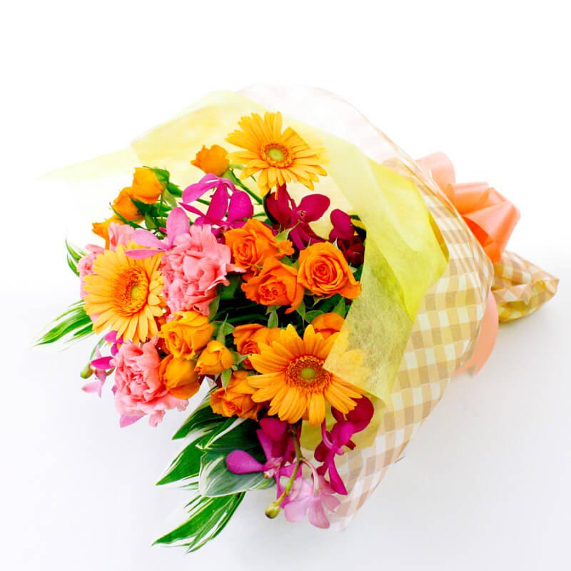 ボリューム感のある仕上がりで記念日に花を添えてくれます