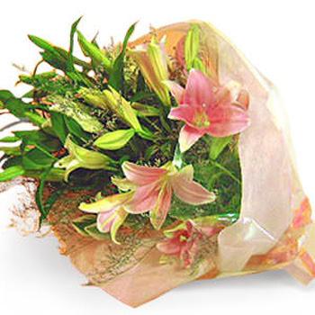 「オリエンタルリリーの花束」