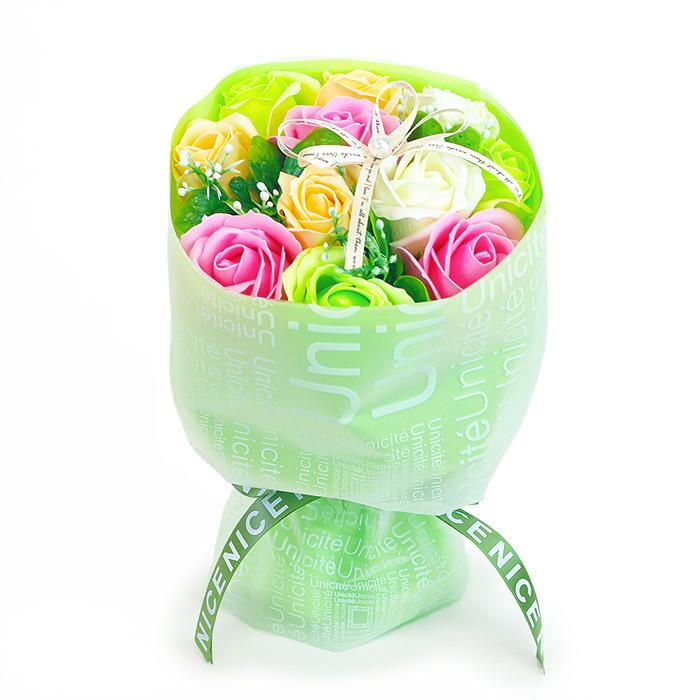 石鹸素材でできた香り豊かなお花のブーケです