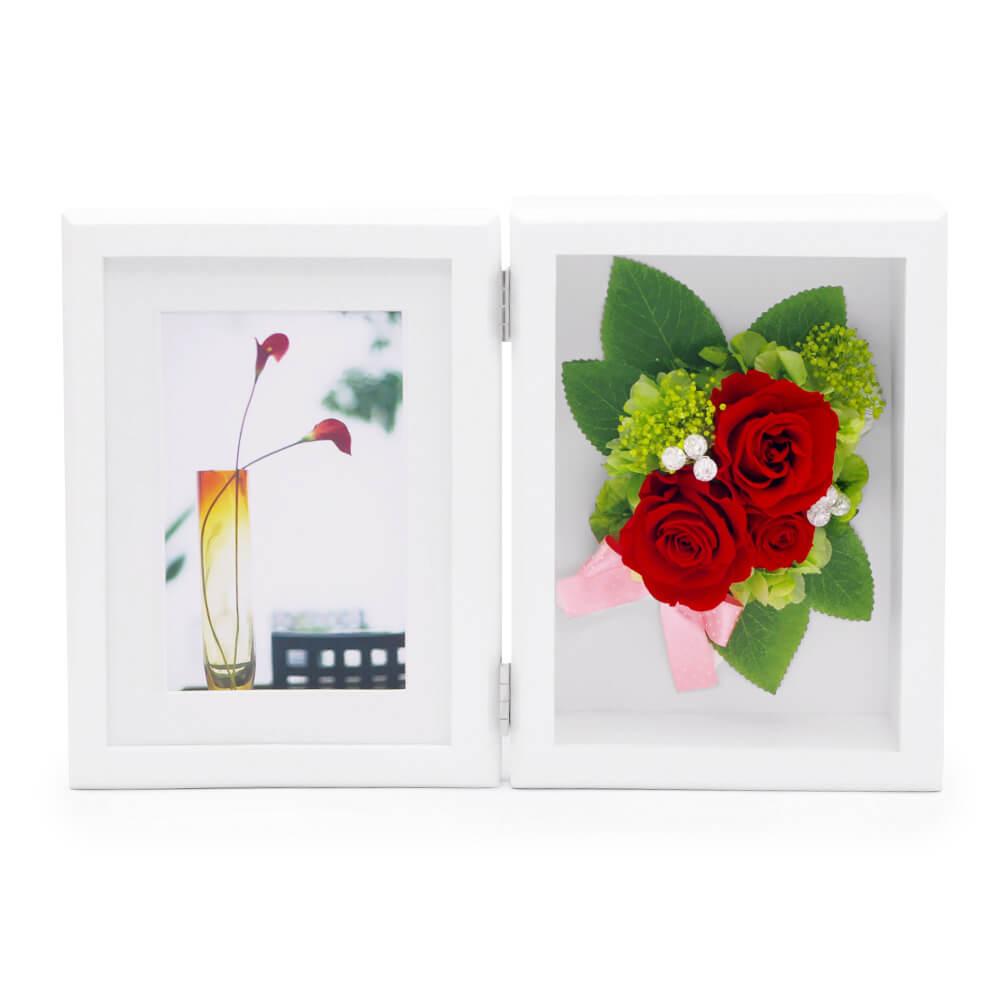 鮮やかな赤いバラにクラックビジューが華やかなアレンジ