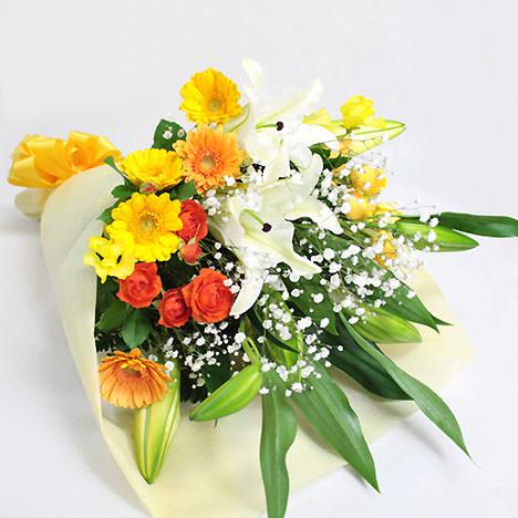 「ユリと季節の花束・暖色系」