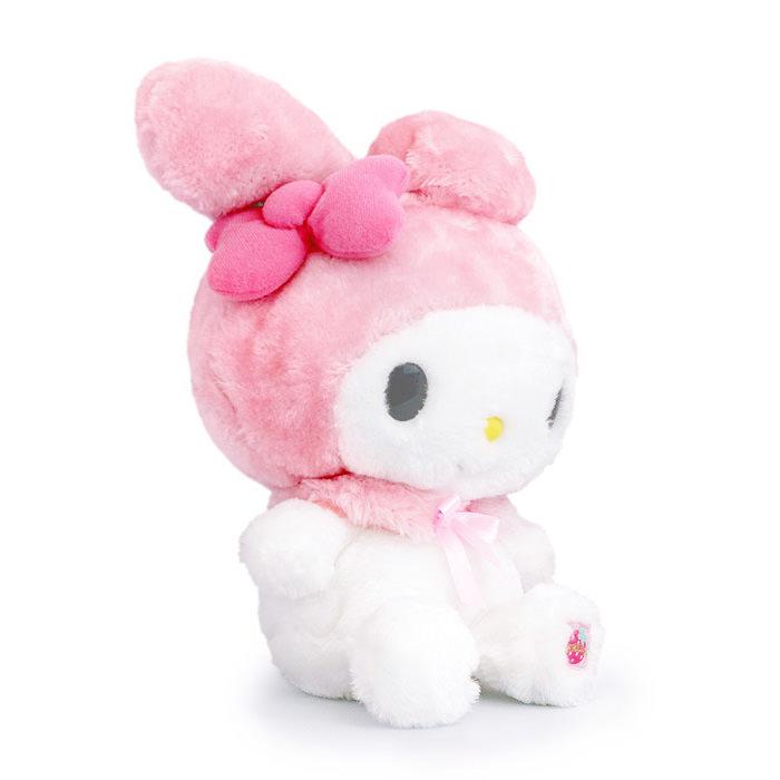 ピンクのリボンとつぶらな瞳と垂れ耳がチャームポイント