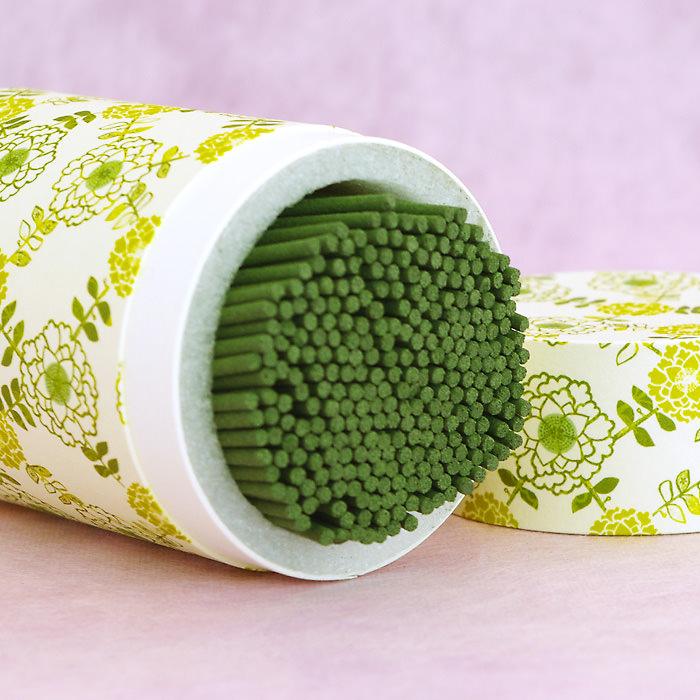 緑茶の粉末を配合