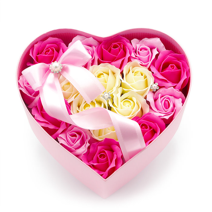 石鹸素材で作られた、香り豊かなお花です